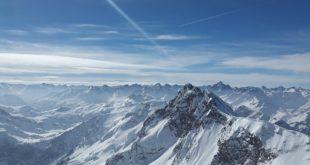 Montagnes en piquets